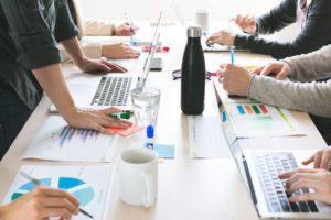 Applications et logiciels d'entreprise : bases de données d'entreprise, cloud dédié